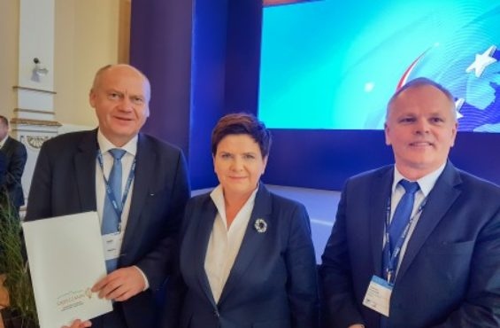 PM Beata Szydło and NEWAG S.A. support the gifted – new scholarships funded