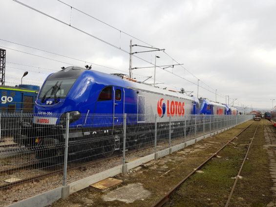 NEWAG dostarczy kolejną lokomotywę Griffin dla LOTOS Kolej