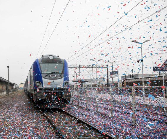 Osiem lokomotyw Griffin wyprodukowanych dla PKP Intercity