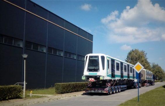 Pojazd metra Inspiro w drodze do Sofii